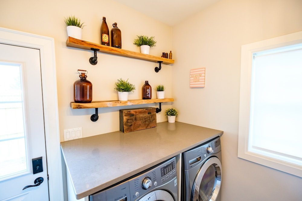Laundry room clean style